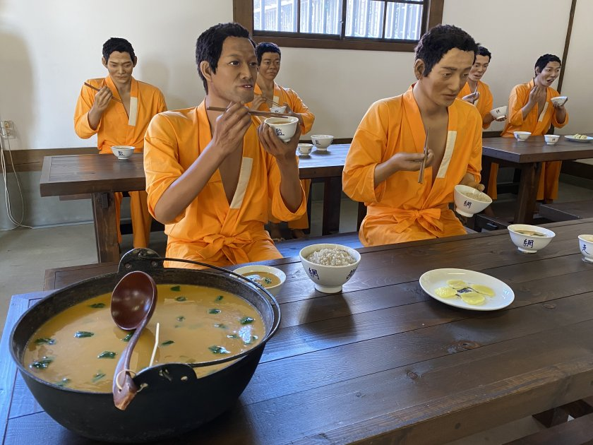 Prison canteen - which reminds me, I'm hungry!