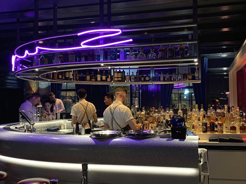 Super Lyan bar at Kimpton De Witt