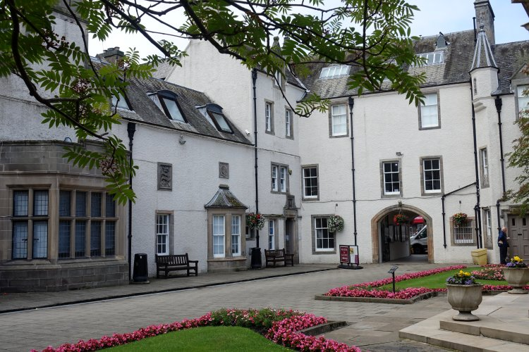 Chambers Institution courtyard