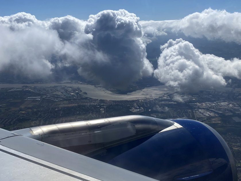 Lumpy-looking cloud as we approach Central London