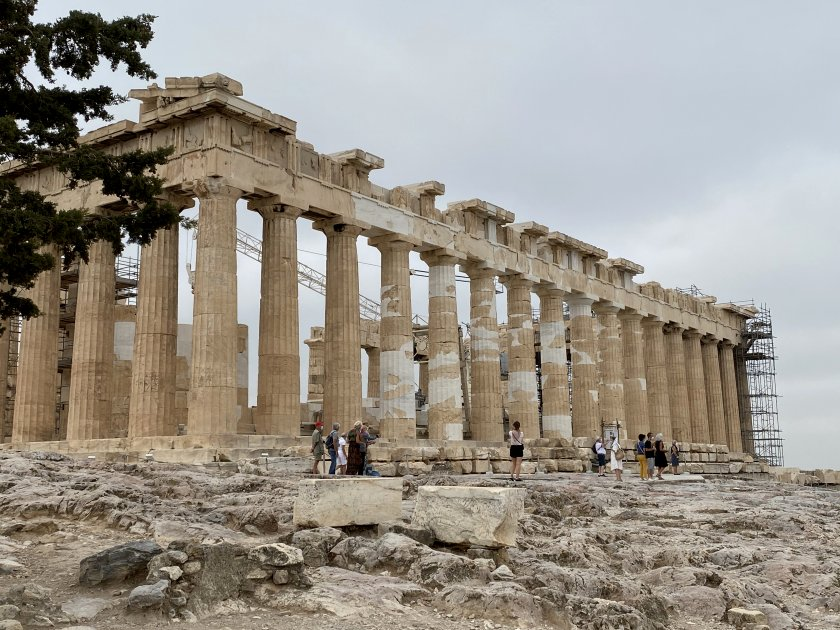 Side view of the Parthenon