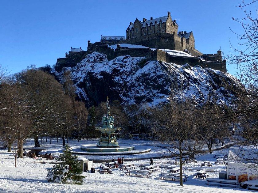 Edinburgh Castle overlooks the Ross Fountain