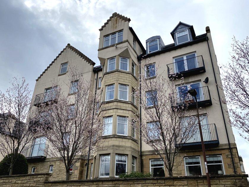 ... apartment blocks ...