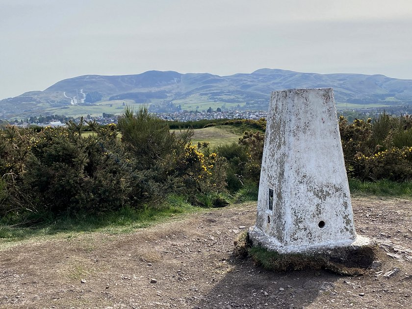 Braid Hills trig point, looking south to the Pentland Hills