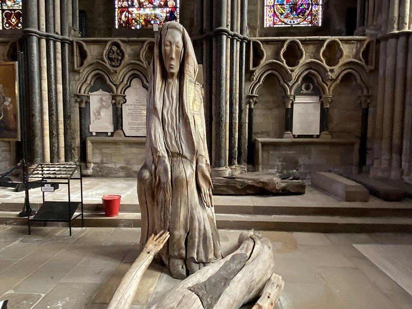 A modern 'Pieta'